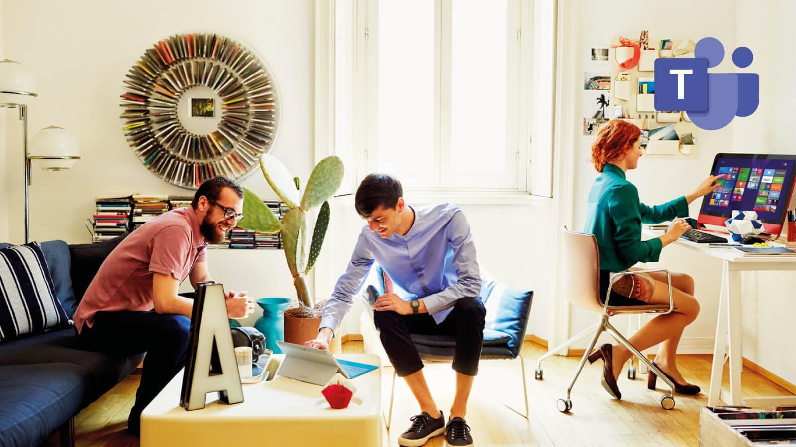 3 kollegaer der arbejder i det samme dokument med de nye udvidelser i Microsoft Teams
