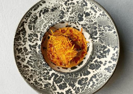 En talerken med mad man kan købe hos Restaurant Amass