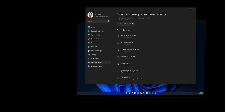 Windows 11 kommer med indbygget sikkerhed, som Hardware isolering, Malware beskyttelse og Encryptering